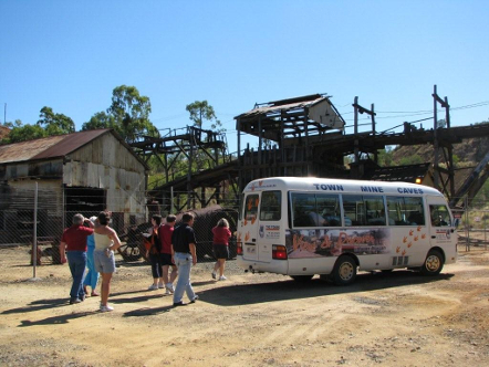 TMC Tours through Mount Morgan via Bus